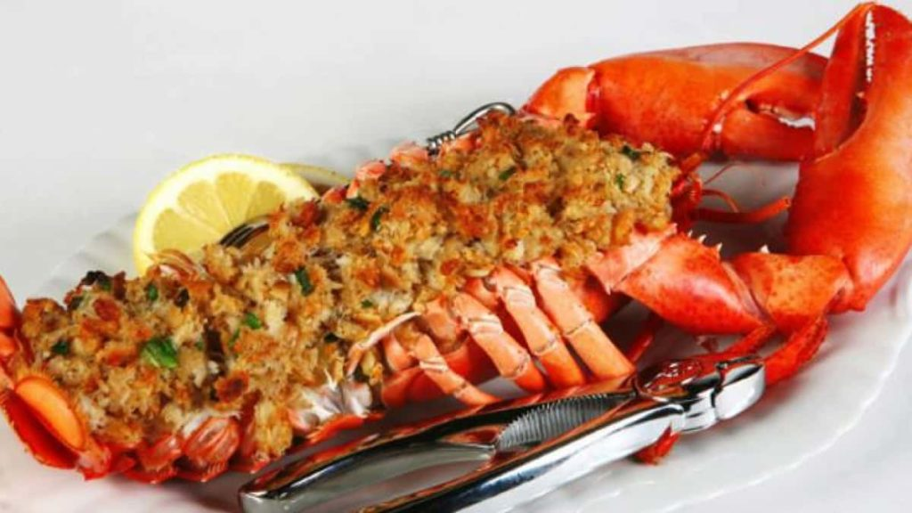 Prepare Baked and Stuffed Lobster