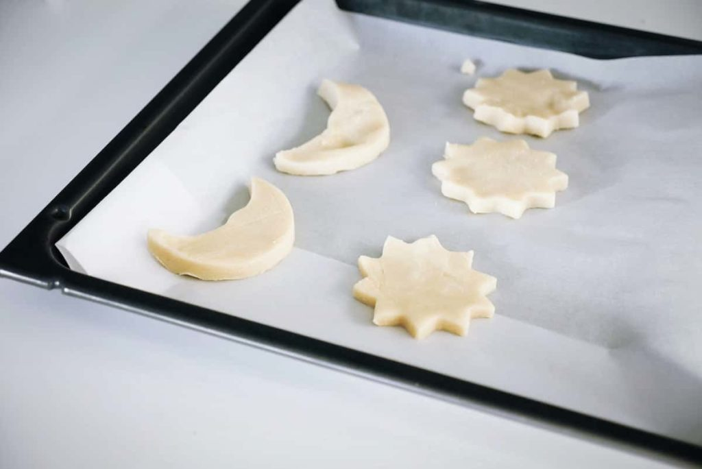 Use Parchment Paper for Baking in the Oven